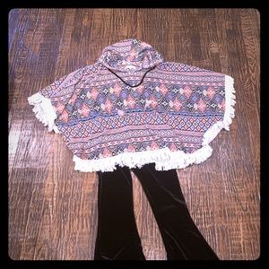 Boho hooded poncho top. Worn 1x excellent cond.